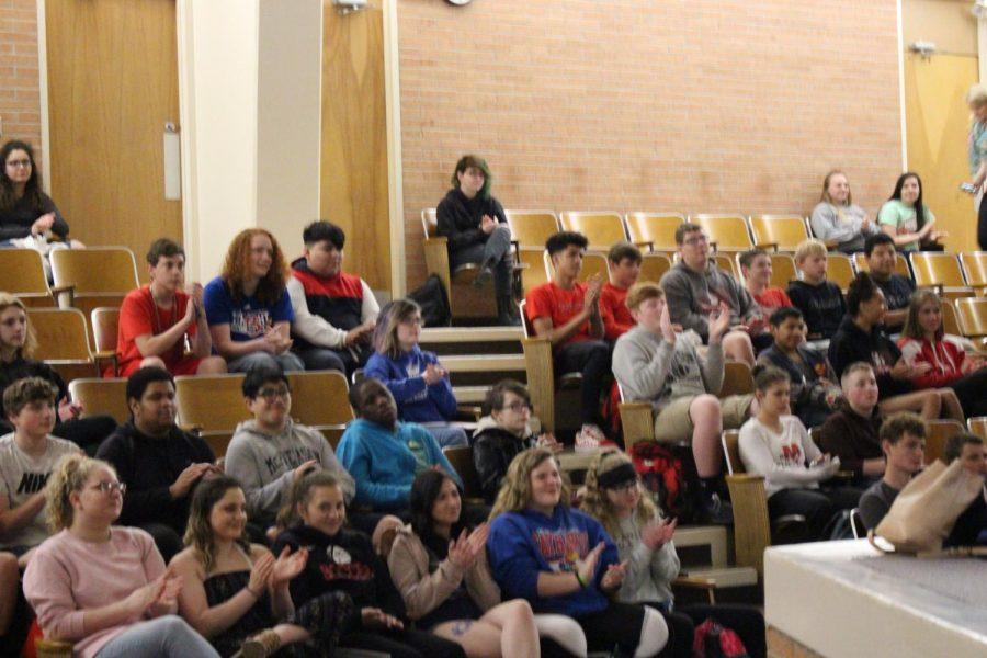 Students watching Holocaust survivor Skype.