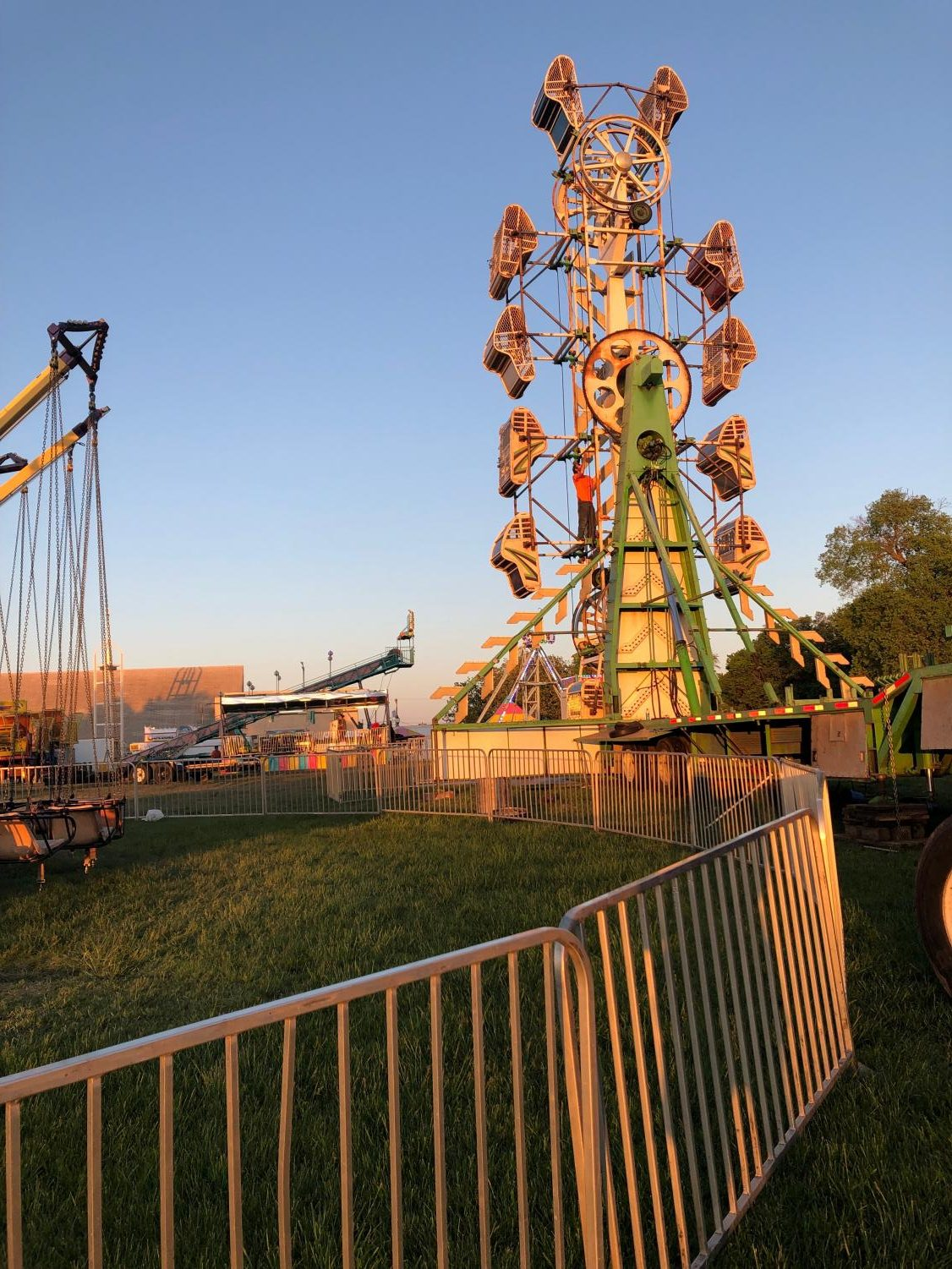 The McPherson Carnivals notorious 'Zipper' doesn't appear very safe for riders.