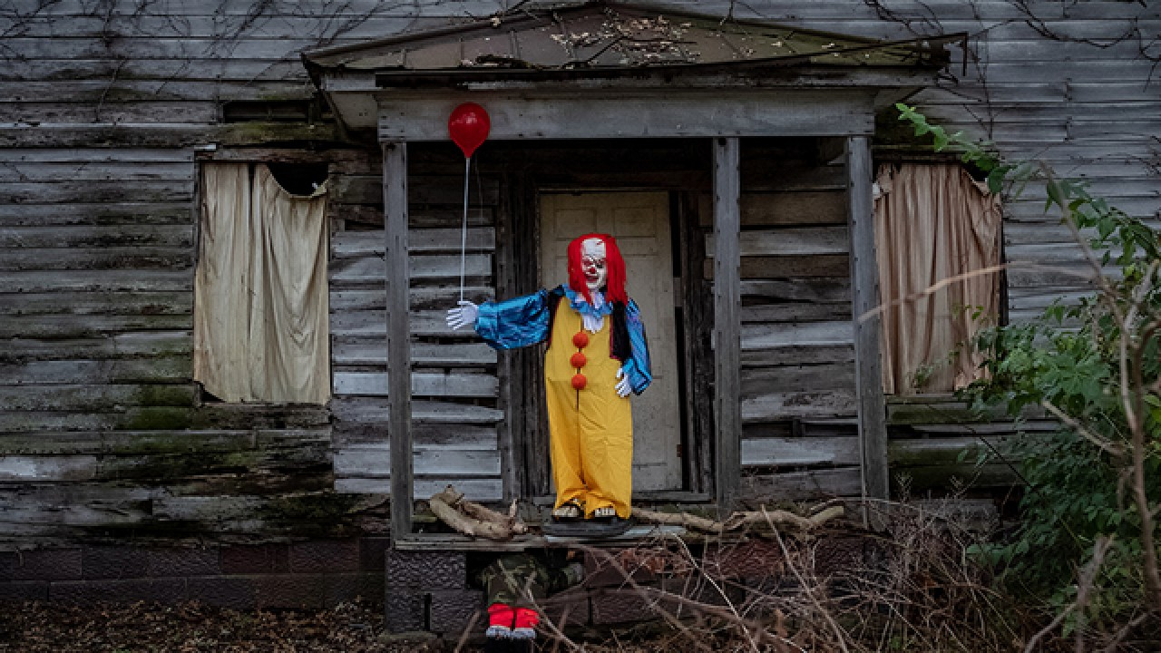 Photograph from Cleveland News 5 https://www.news5cleveland.com/entertainment/around-town/best-haunted-houses-cleveland
